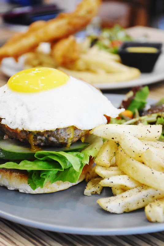 Why Crunchy Food Makes You Full
