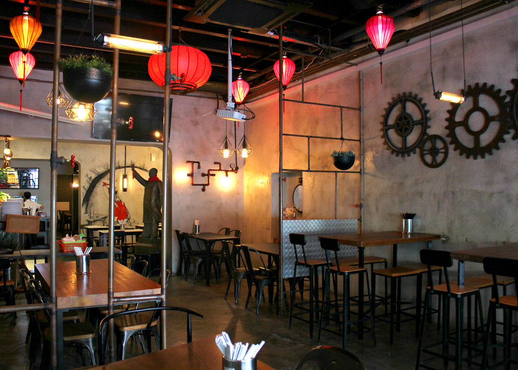 fu-lin-bar-kitchen-interior