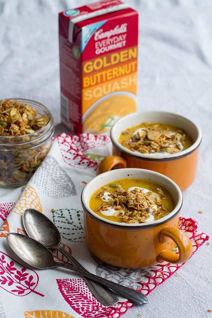 Savoury Curry-Coconut Granola