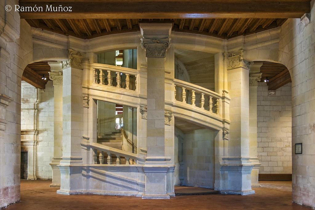 Resultado de imagen de escalera de doble hélice del castillo de chambord