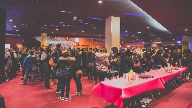 """20170210 - Démonstration """"50 nuances plus sombres"""" au cinéma Pathé Les Halles Par Art Prism"""