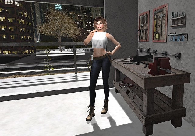 Handyman - Female Style