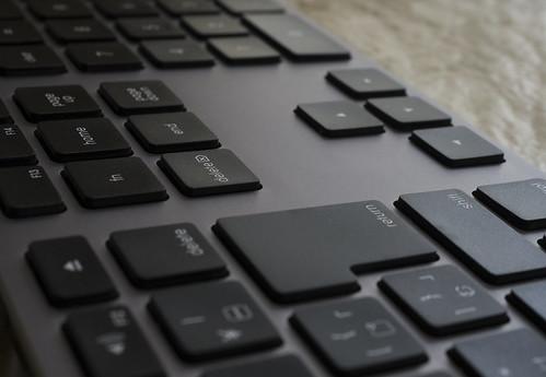 Matias Wireless Aluminum Keyboard_15