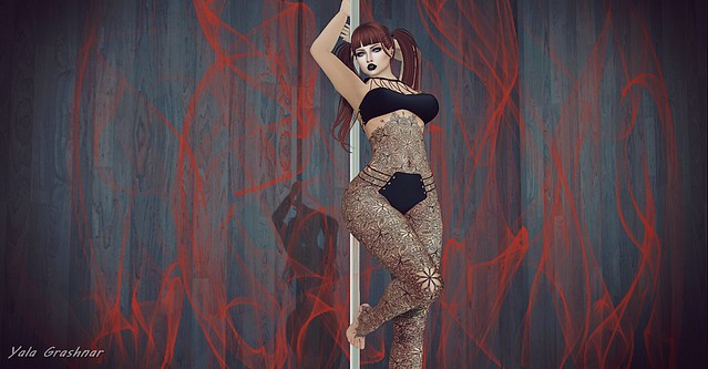 Poledance of fire