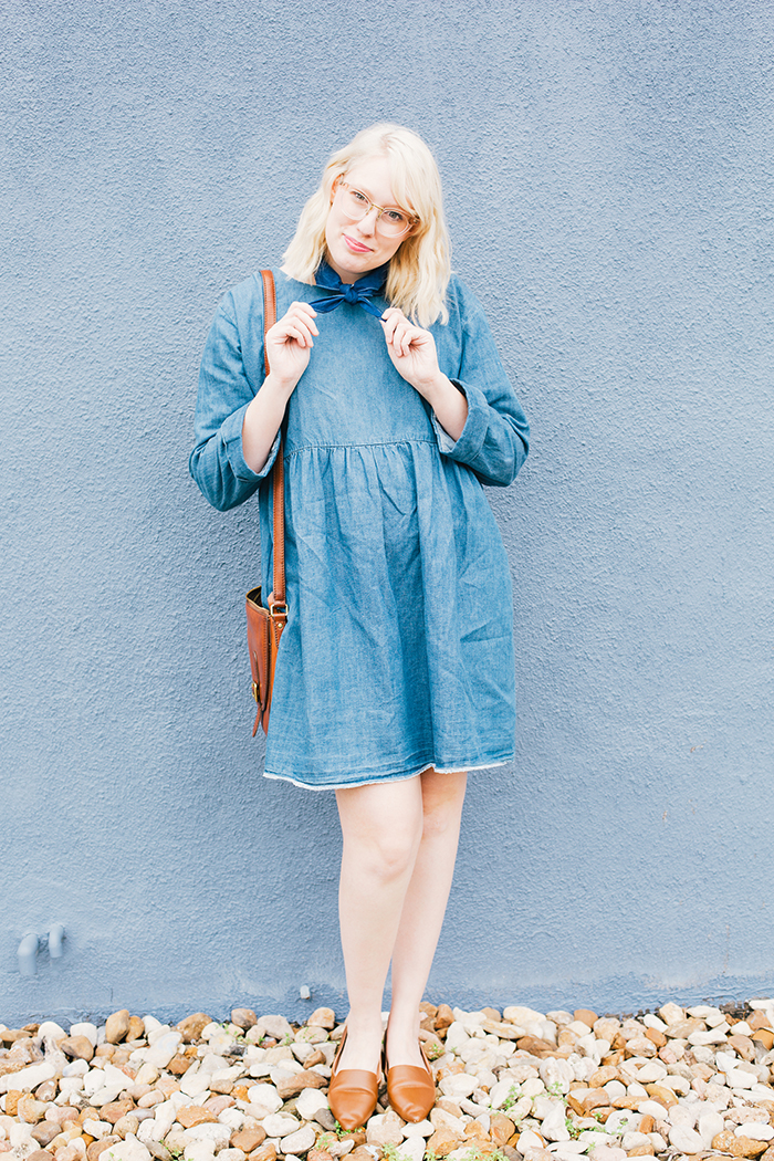 how to wear a denim dress7