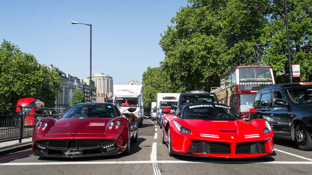 Pagani Huayra vs Ferrari LaFerrari | Kevin Wellens | Flickr