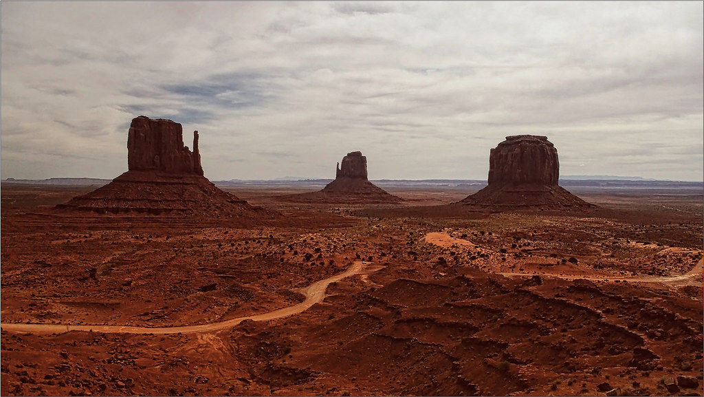 Monument Valley 100a