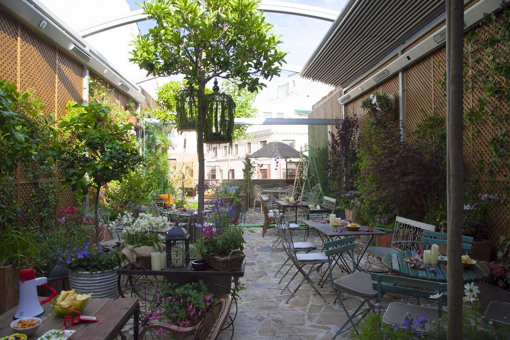 10 Anos De Yelp El Jardin Secreto De Salvador Bachille Flickr