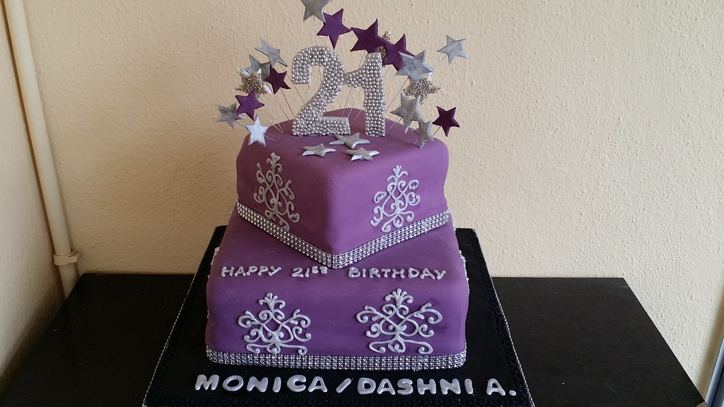 21st Birthday Cake With A Glitterata Theme Chloe Thean Flickr