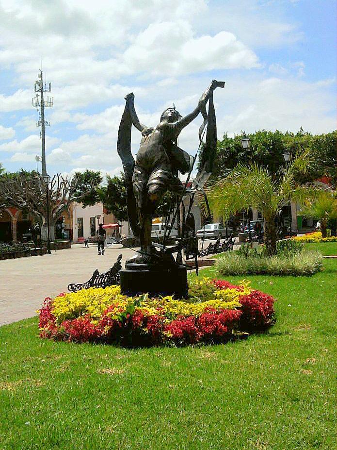 Juventino Rosas Gto Escultura En El Jardin Principal Flickr - Escultura-jardin
