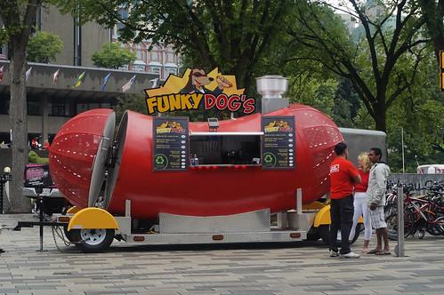 Fancy Hot Dog Buns