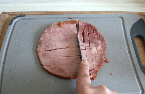 13 - Schinken würfeln / Dice ham