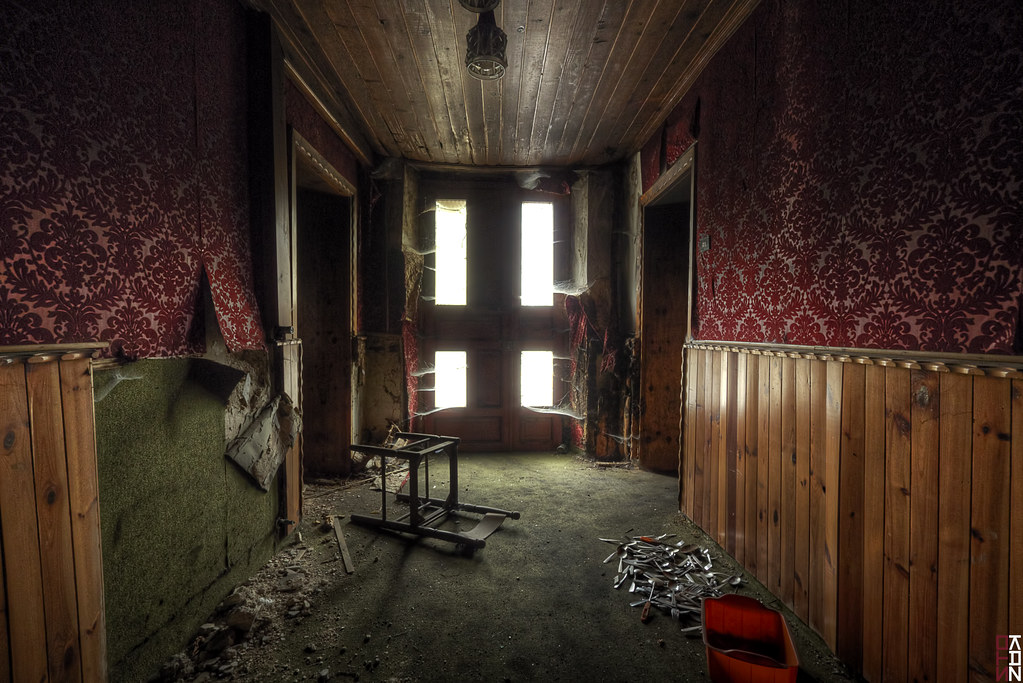 ... The Lost Room #2 - Ghost Door - | by Stokaz & The Lost Room #2 - Ghost Door - | Somewhere Earth HDR 3 Scau2026 | Flickr
