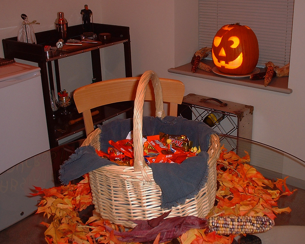 halloween - 2004 | c.w. russell | flickr