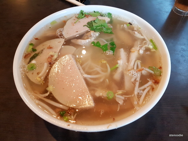 Shredded Chicken with Sausage Pho Noodle in Soup