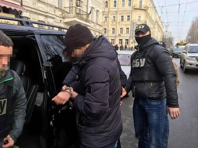 У Києві СБУ затримала на хабарі директора Фонду соціального захисту інвалідів