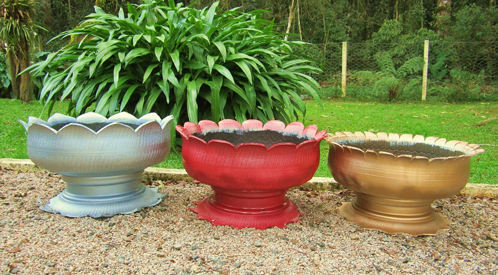 ... Recycling Old Tires   Garden Planters Made By Me | By Adriana Cristina  Razia
