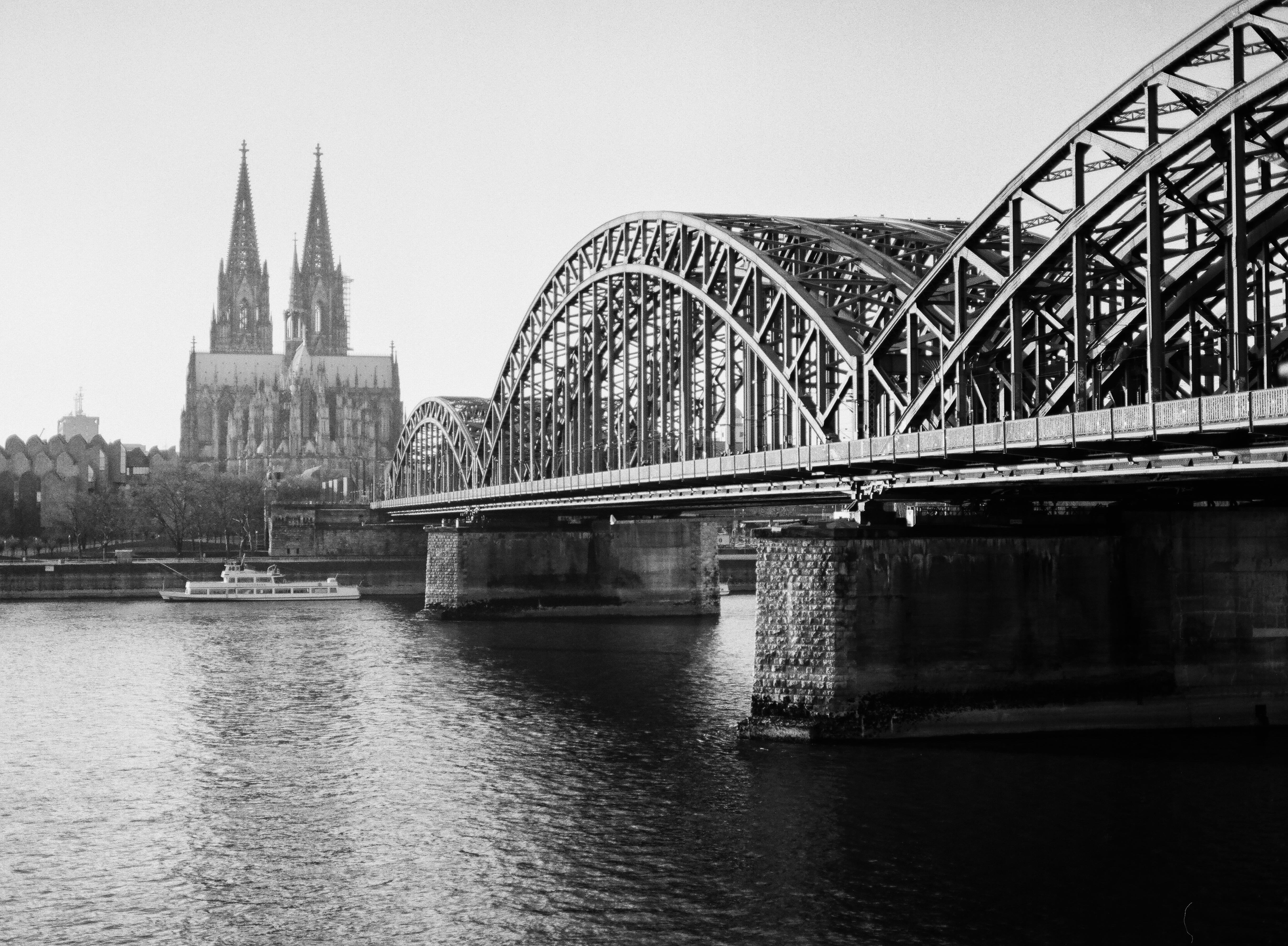 Cologne in BW | Pentax 645 | 2