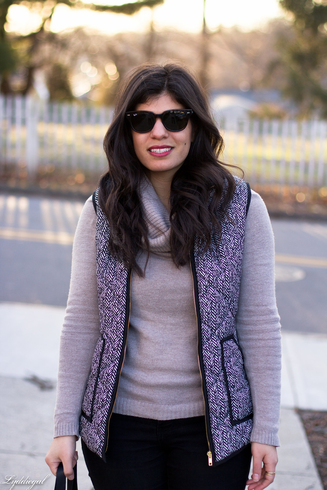 cowl neck sweater, herringbone vest, black jeans, matine scalloped tote-6.jpg