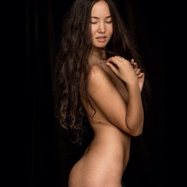nude girls Women kazakhstan