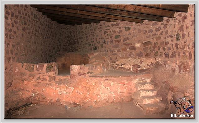Entramos en el Castillo de Peracense 17