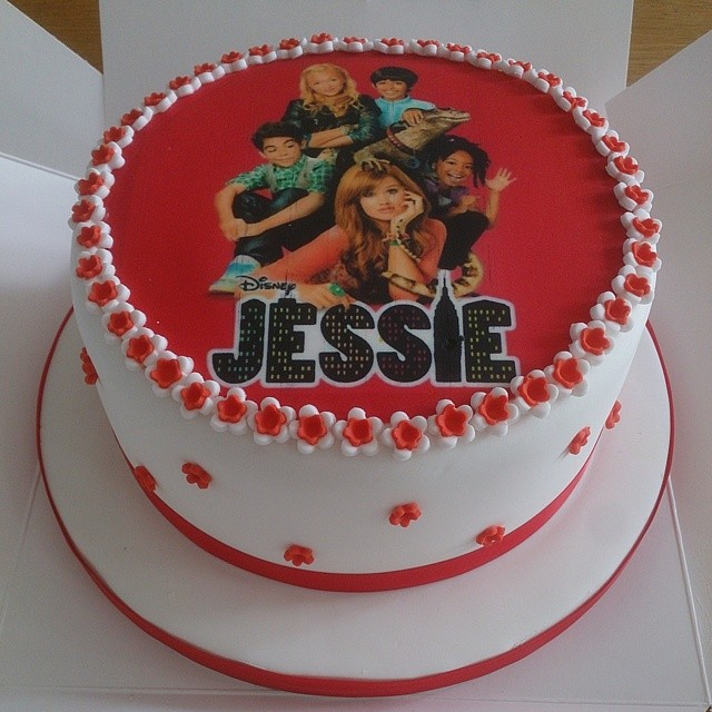 Simple Layered Birthday Cake With Printed Jessie From Dis Flickr