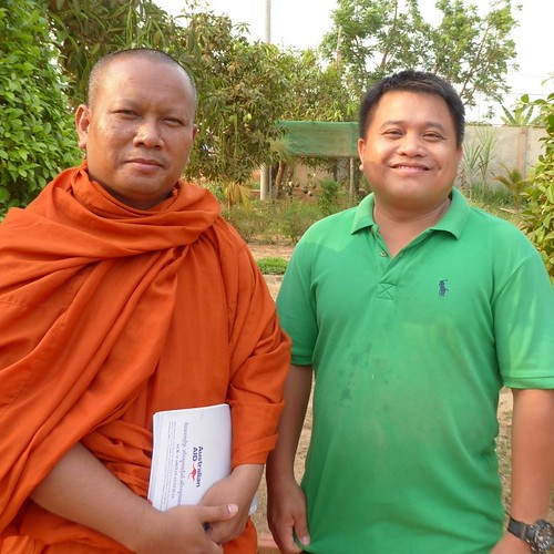 SCC's Director Tep Monyrotha and Team Leader Ven Som Chea