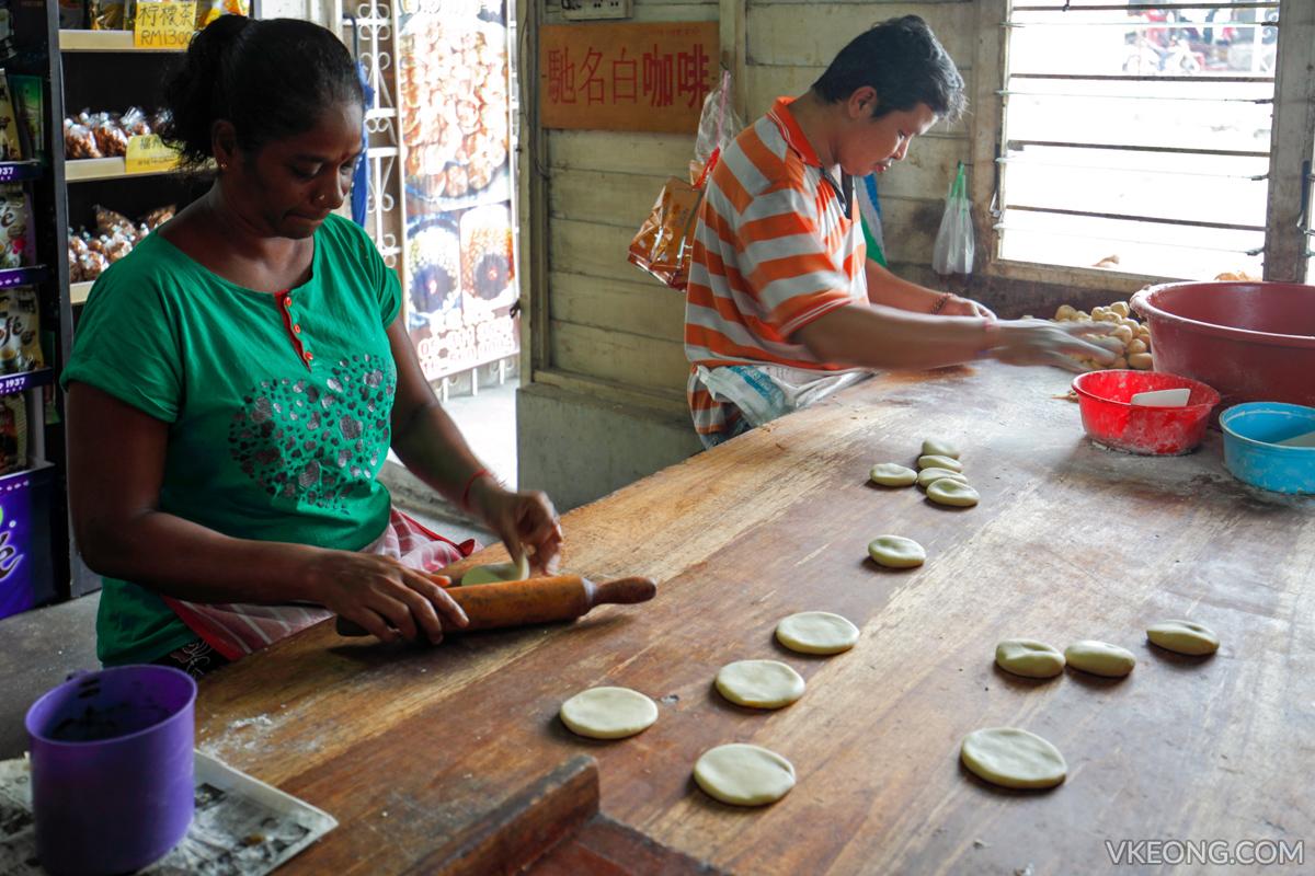 362 Gunung Rapat Making Heong Peng Biscuit