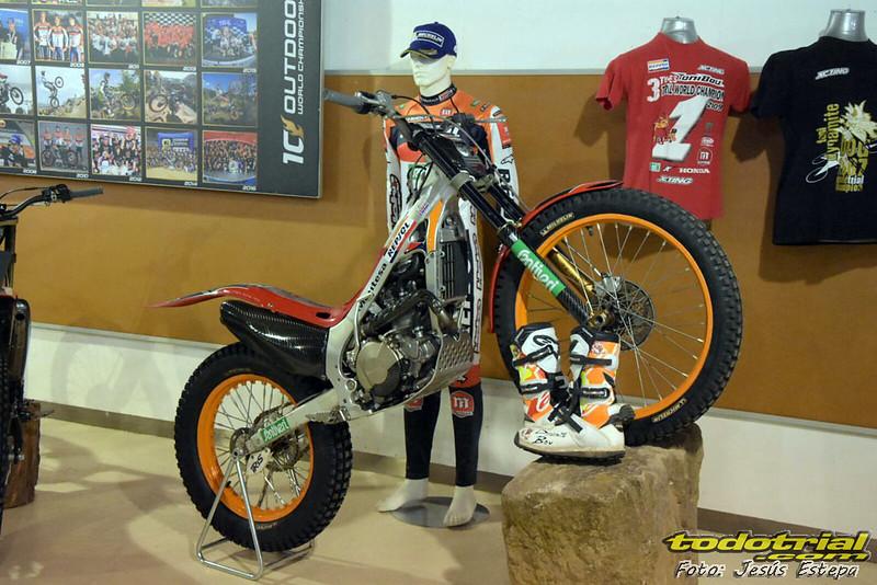 Exposición Toni Bou en el Museo de la Moto de Bassella