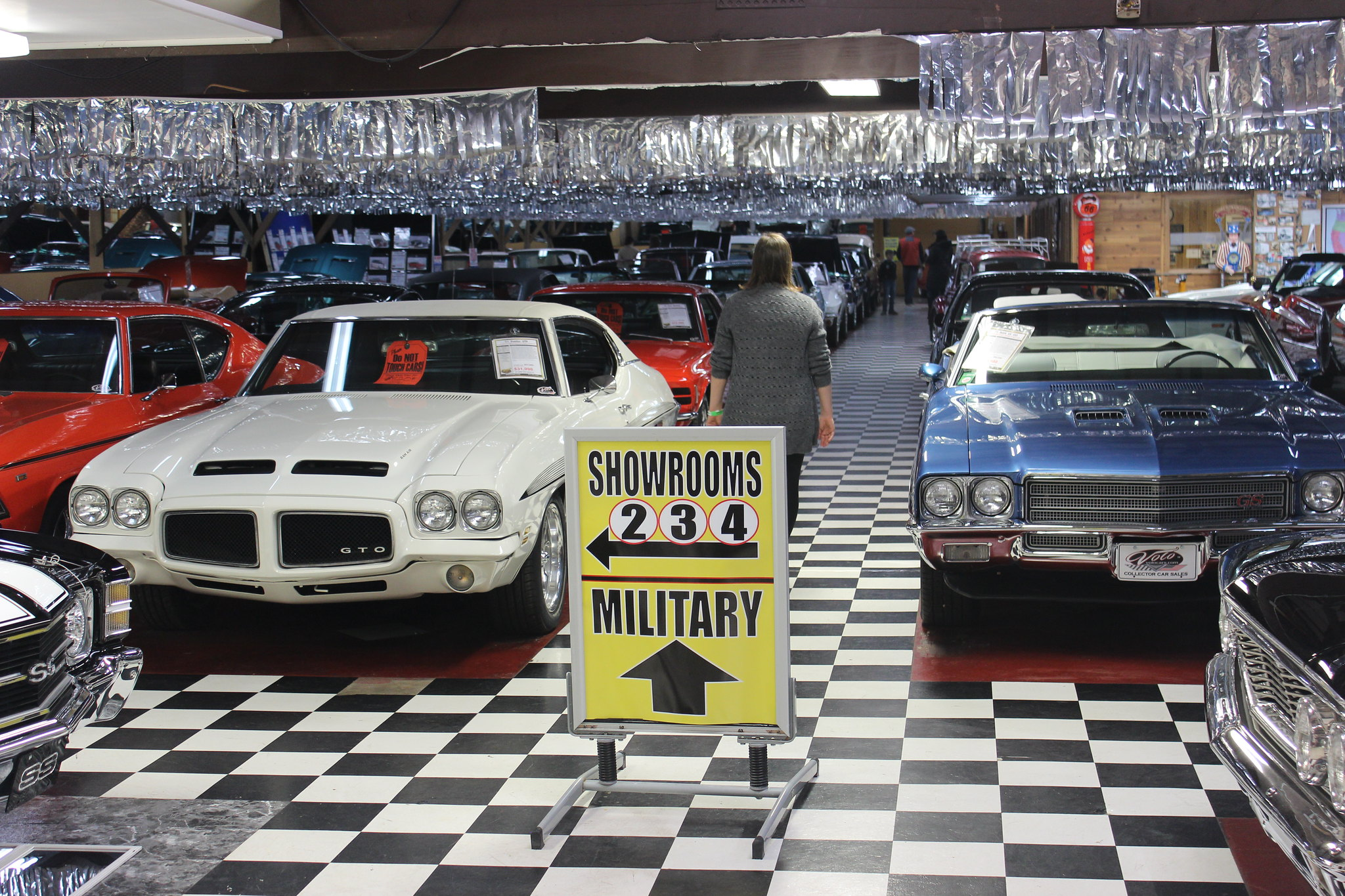 Volo, IL Auto Museum- So Many Famous Cars! – The Wandering Browns