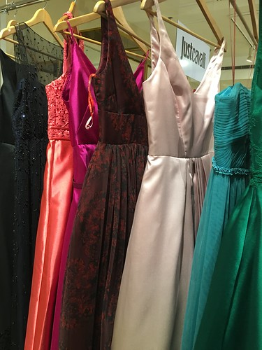 Monique Lhuillier colorful gowns