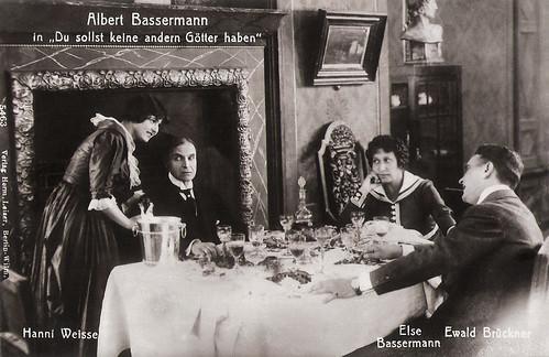 Albert Bassermann, Hanni Weisse, Else Bassemann and Ewald Brückner in Du sollst keine andern Götter haben (1917)