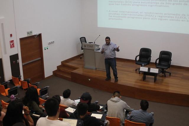 060417 NP - La educación en el Perú, visión a largo plazo. Juan León
