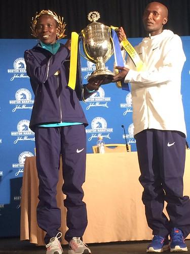 Kirui y Kiplagat ganan el Maratón de Boston