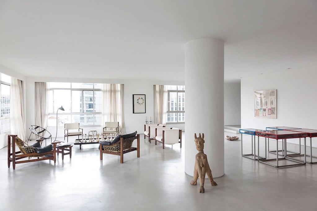 Apartment art in São Paulo by Brazilian architect Felipe Hess Sundeno_20