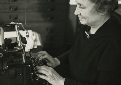 Helen Keller Essays (Examples)