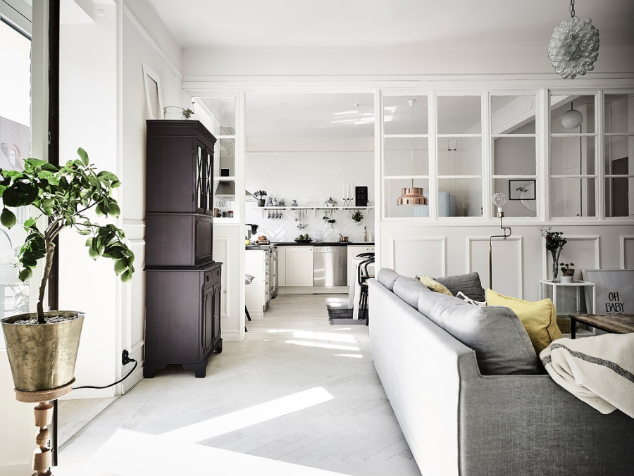 Simple but Feminine Scandinavian Apartment