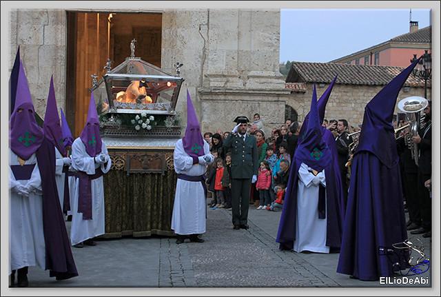 Procesión del Santo Entierro en la Semana Santa de Briviesca 2017 20