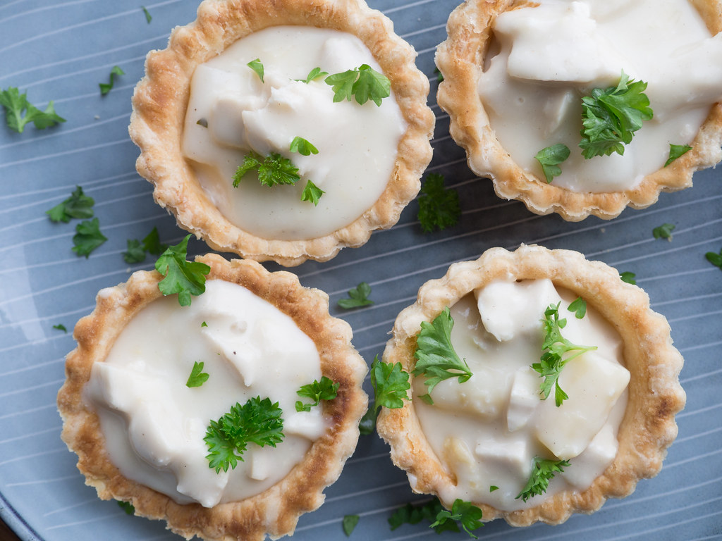 Recipe for Homemade Danish Chicken and Asparagus Tartlets (Tarteletter)