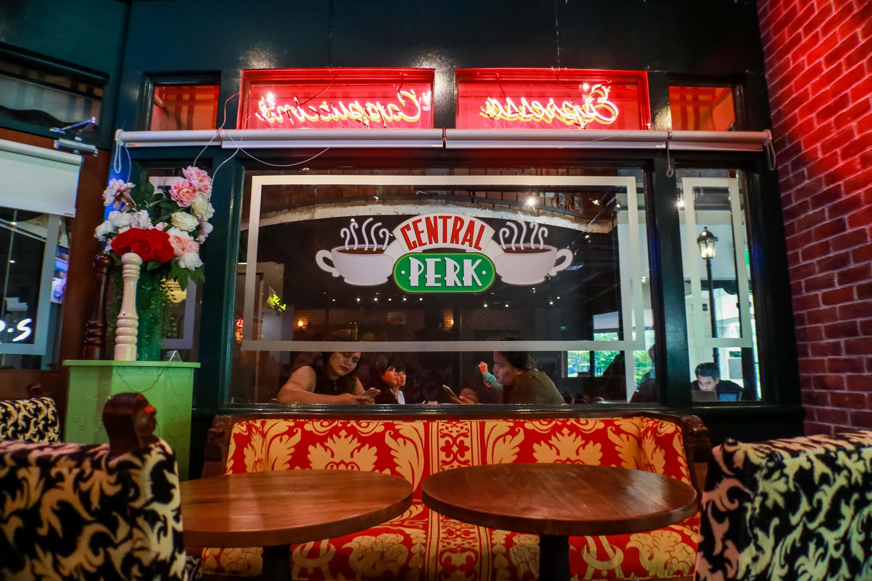 central-perk-singapore-friends-cafe-darrenbloggie-19