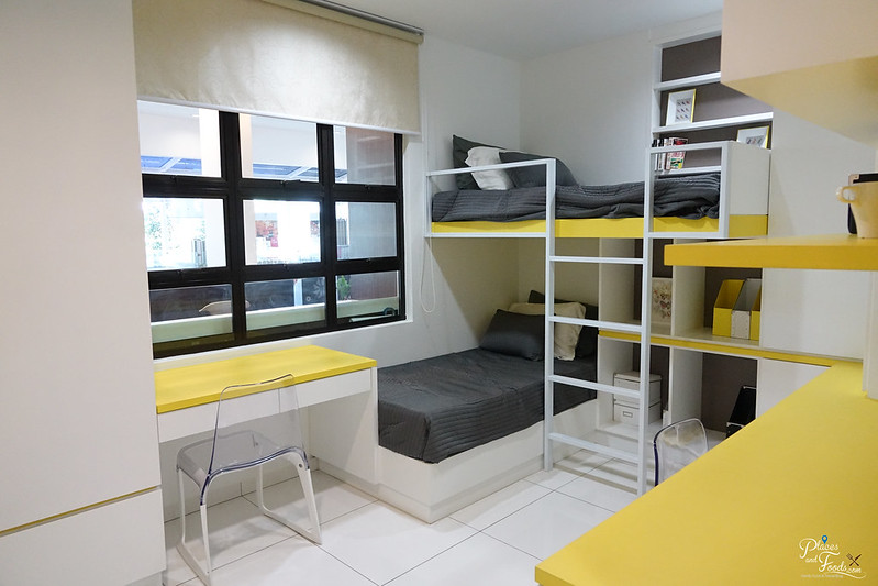 de centrum condo small room