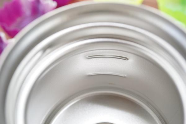 ミルクビンみたいなステンレスマグボトル
