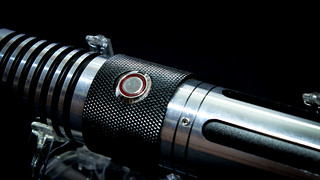 iSaber_Custom_Lightsaber_06