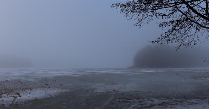 järvi talvella järvenjää_