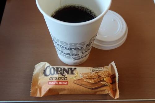 "Corny Crunch ""Hafer & Honig"" zum Kaffee vom Bordrestaurant im IC zurück nach Osnabrück"