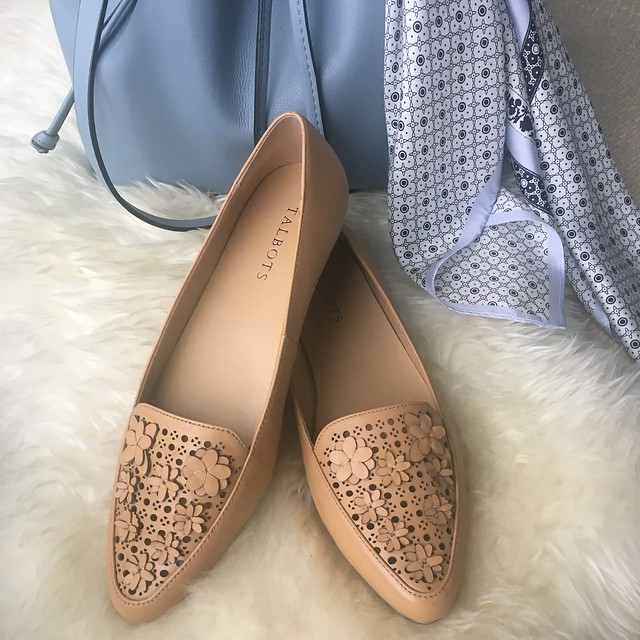 Talbots Francesca Flower-Topped Perforated Driving Flats in ginger