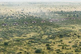 Luftaufnahme Tau Pan Camp im Central Kalahari Game Reserve