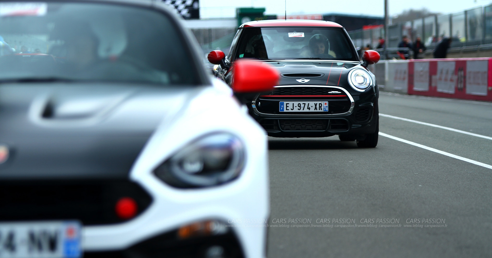 Abarth-124-spider-circuit-mini-jcw