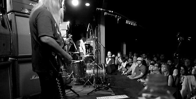Dinosaur Jr Knocked Around video