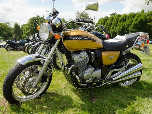 Honda CB400 Four NC36 (1998)   Capesthorne Hall Classic ...